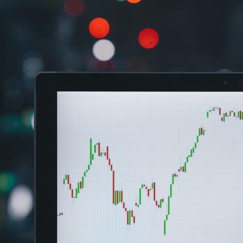 Un aluvión de inversores busca inversión para su empresa; tome la iniciativa.